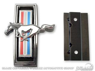 1969 MUSTANG GRILL EMBLEM W/MOUNTING